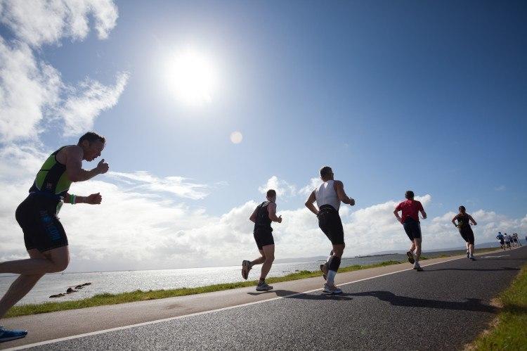 men running